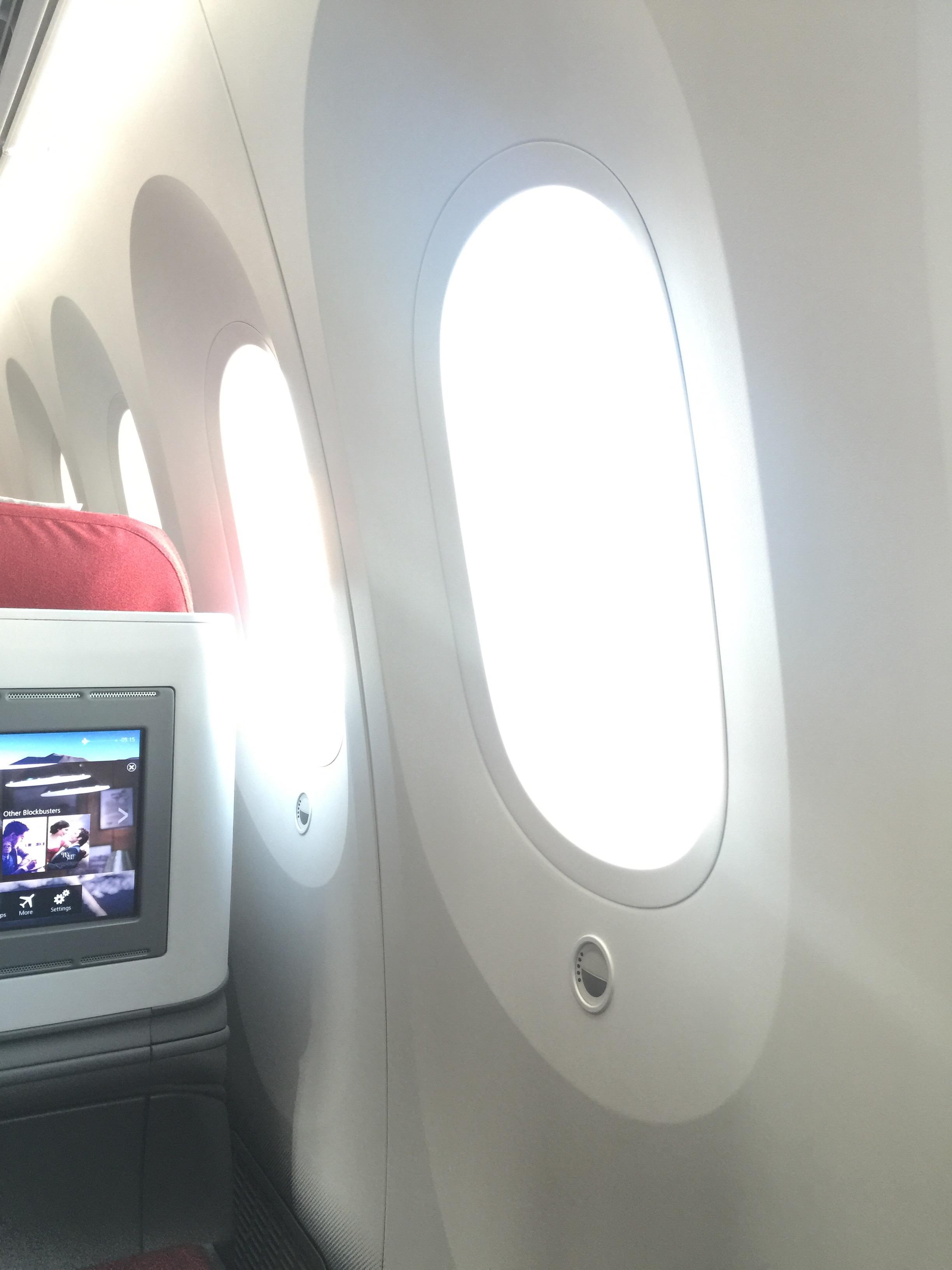 Review: LATAM Boeing 787 Dreamliner Santiago to Easter